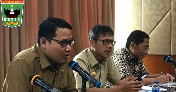 Gubernur Irwan Pimpin Rapat Persiapan Sumbar Expo 2018