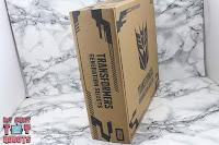 Transformers Generations Select Super Megatron Box 04