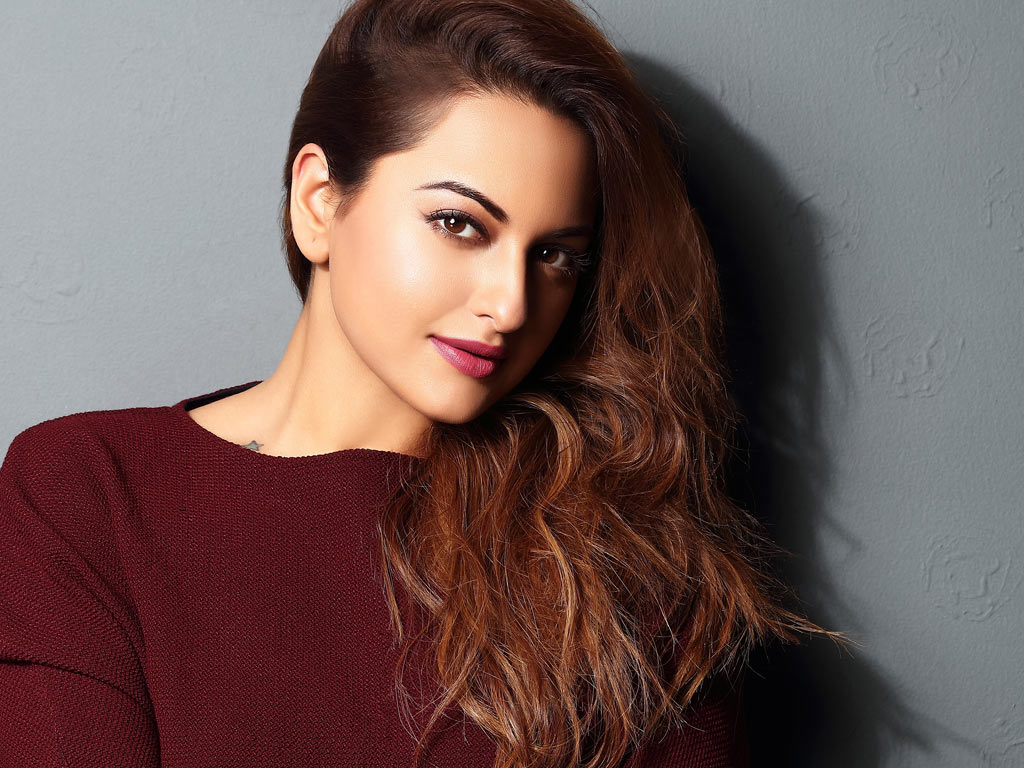 30 INTERESTING FACTS ABOUT SONAKSHI SINHA