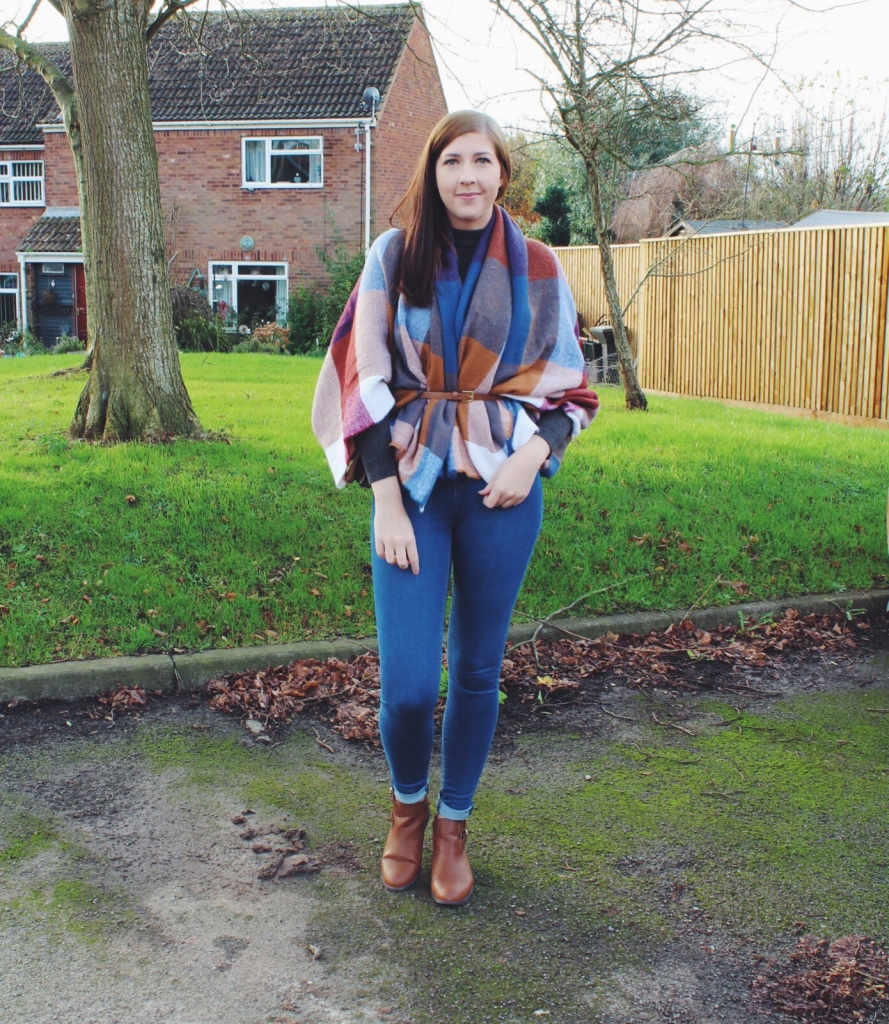 fbloggers, fblogger, fashionpost, fashionbloggers, fashionblogger, wiw, whatimwearing, ootd, outfitoftheday, lotd, lookoftheday, asseenonme, blanketscarf, primarkpost, primarkhaul