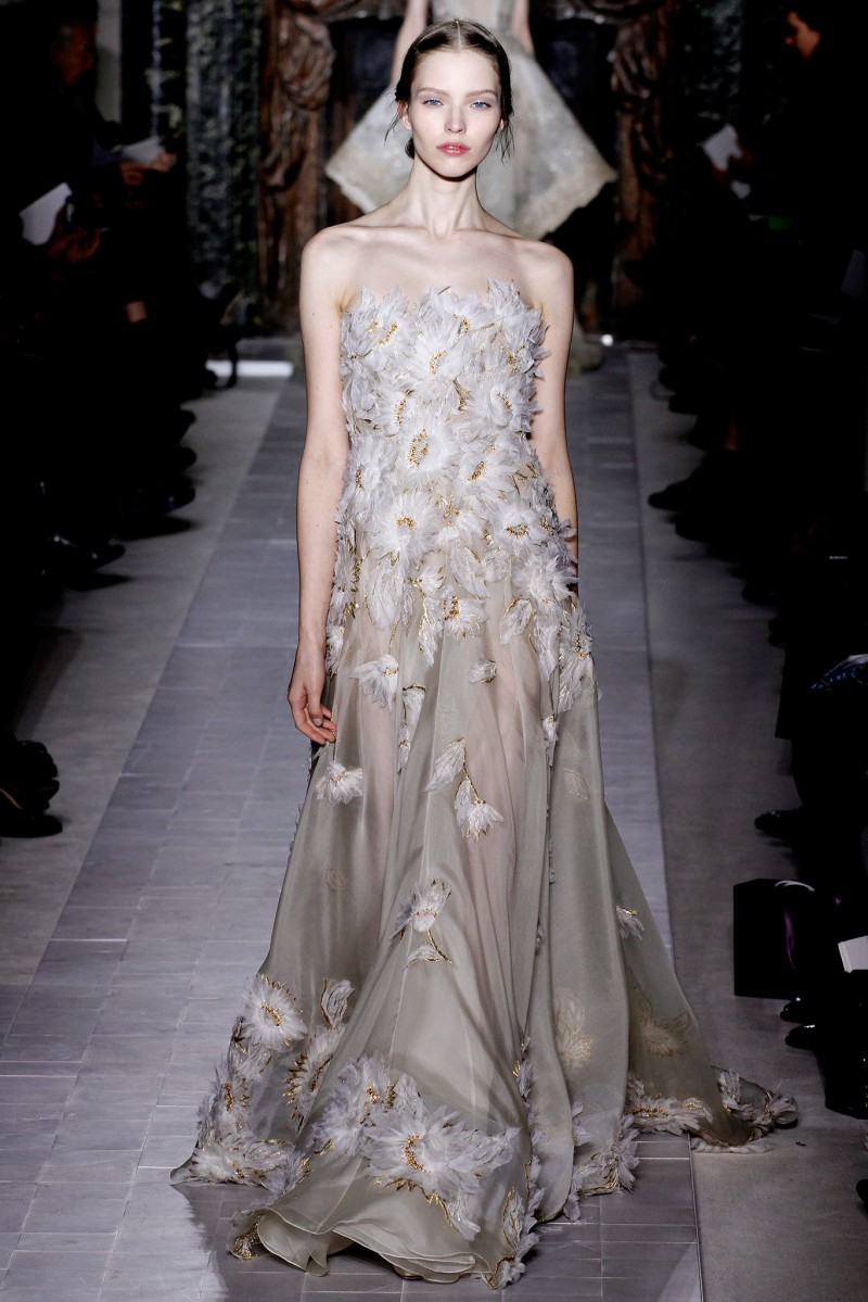 STYLE HOSTESS: Valentino Spring Couture 2013