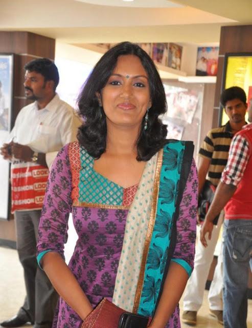 Devadarshini: Tamil Serial Actress Devadarshini In Salwar Kameez
