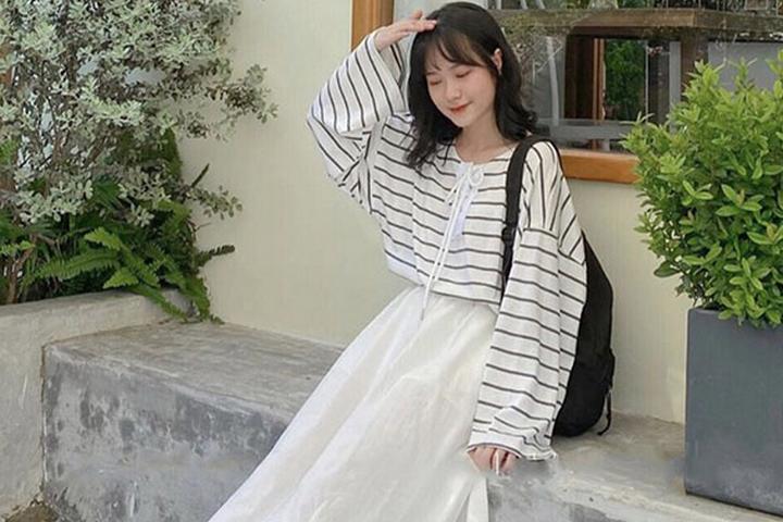 Tuyệt chiêu mặc đồ dáng tam giác ngược mặc váy trắng đẹp điên đảo