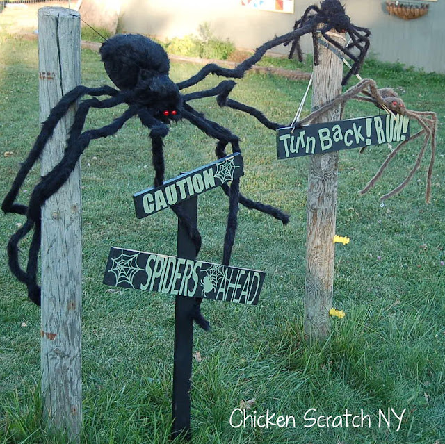 halloween spider web caution signs - Giant Spider Halloween Decoration