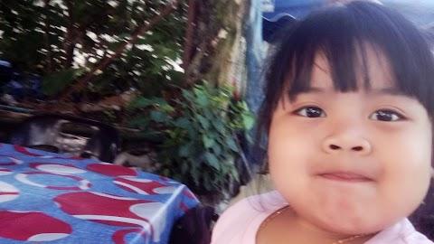 Cerita Jasmeen : Kaki Selfie Atau Kaki Pukul?