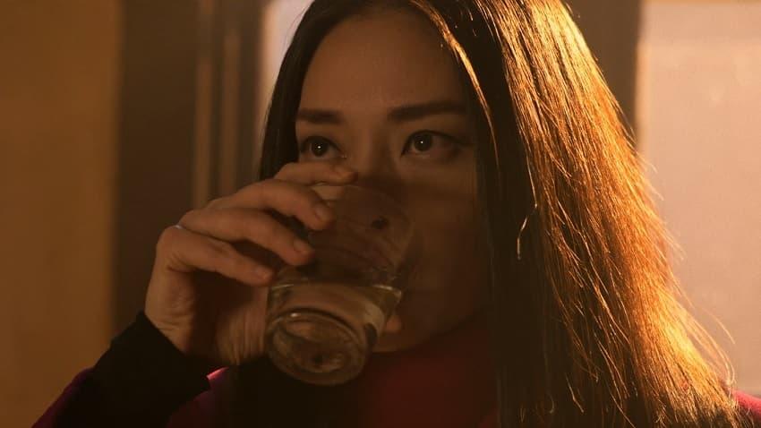 «Бессмертная гвардия» («Старая гвардия») - сцена после титров есть и она намекает на продолжение - 01