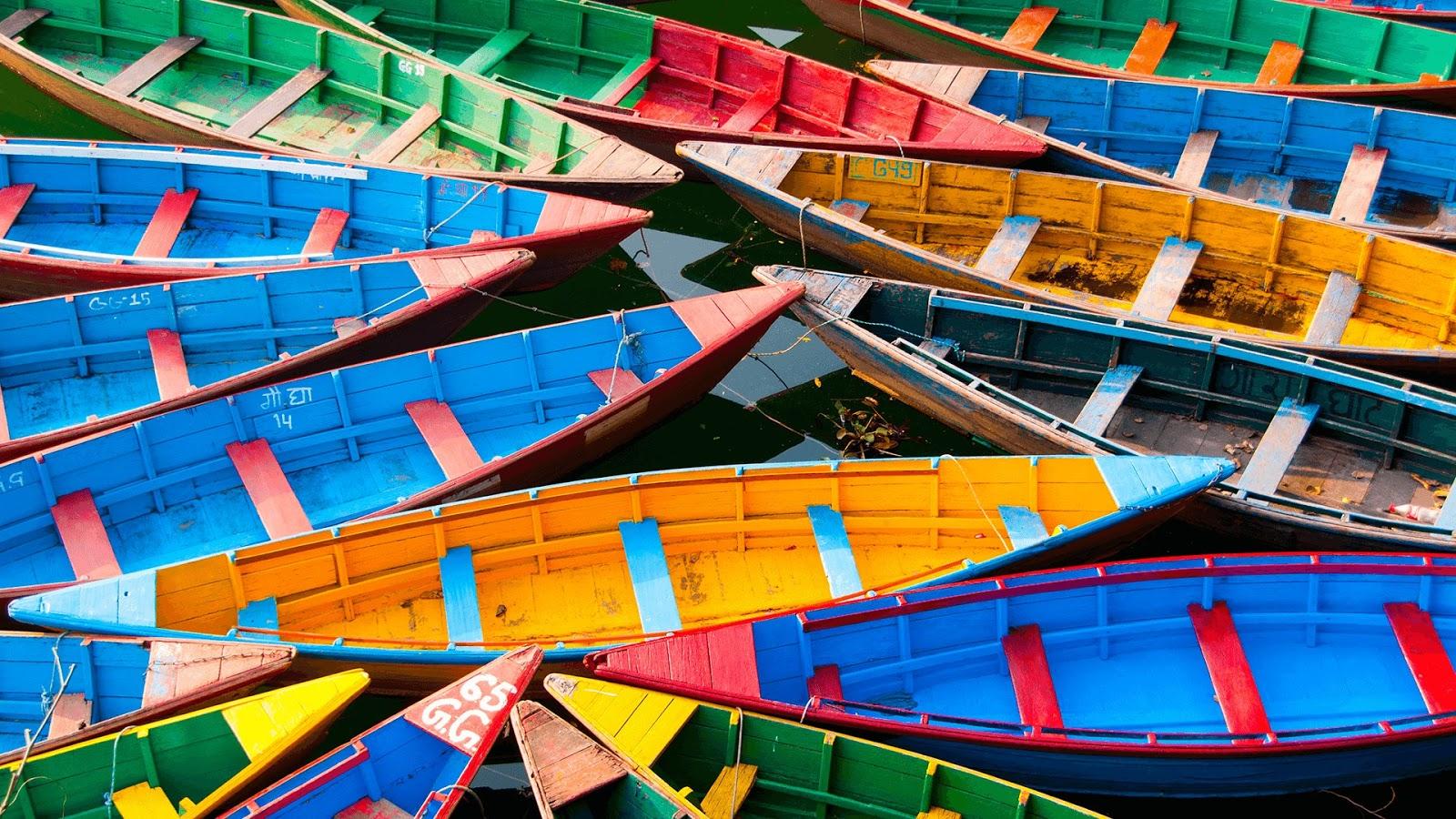 Download Colorful Boats PREMIUM, Tema per Windows 10