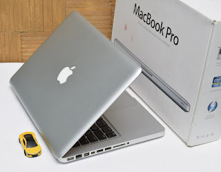 Macbook Pro MD313J/A Core i5 Bekas