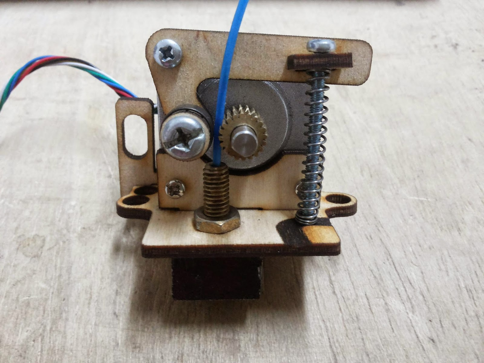 Diy 3d Printing Atom Diy Low Cost Simple Extruder Made From Plywood