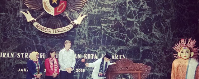 Anies Minta Seluruh SKPD Implementasikan Strategi Ketahanan Kota Jakarta