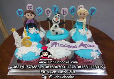 Frozen Cupcake Ulang Tahun