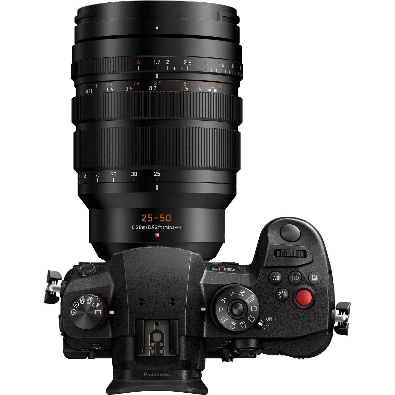 Panasonic Leica DG Vario-Summilux 25-50mm f/1.7 Asph с фотоаппаратом Panasonic Lumix GH5 II