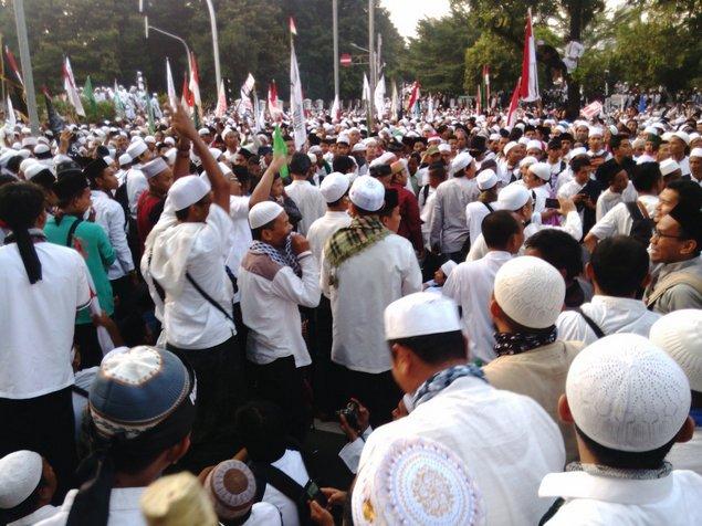 Aksi Bela Ulama di Bandung berlangsung tertib