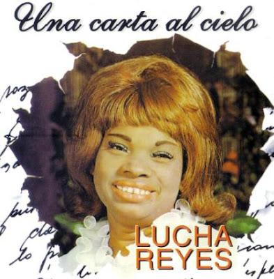 Foto de Lucha Reyes con cabello teñido
