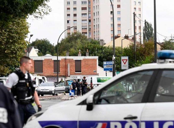 """فرنسا.. """"روابط خارجية"""" في مواد باريس المتفجرة"""