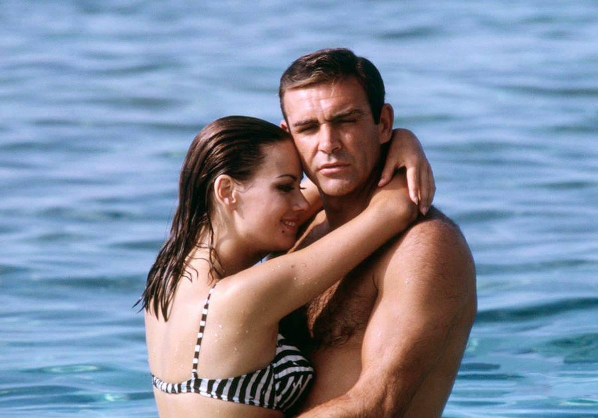 """Claudine Auger, cunoscută din al patrulea film """"James Bond"""", a murit la vârsta de 78 de ani"""