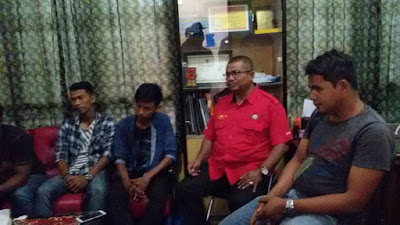 Masyarakat Datangi PLN Rayon Bangkinang, Sampaikan Keluhan