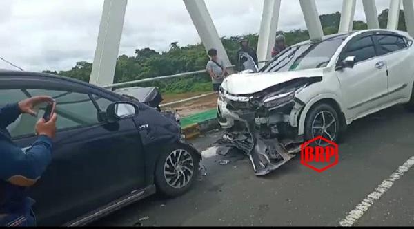 Adu Kuat Suzuki Ertiga VS Honda HRV, Dua orang Alami Luka-luka