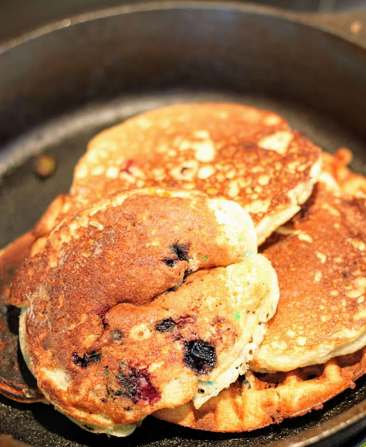 blueberry pancakes with cake mix