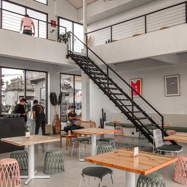 Cafe Paperhills Kintamani