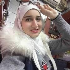 أنا دكتورة يمنية محجبة أرغب في الزواج من شاب عربي مسلم