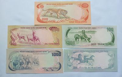 bộ tiền xưa 1972