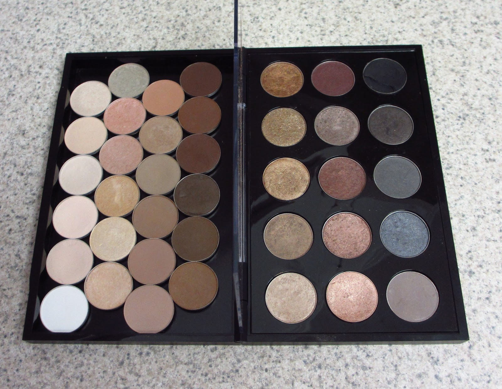 Eyeshadow Addicts Anonymous New Mac Pro Palette Large