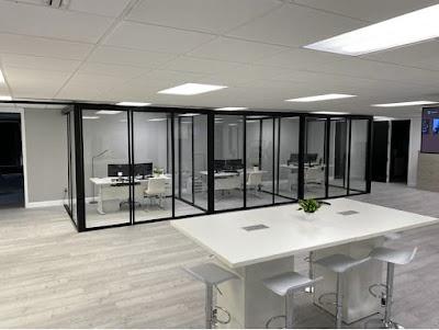 sketsa tata ruang kantor tertutup