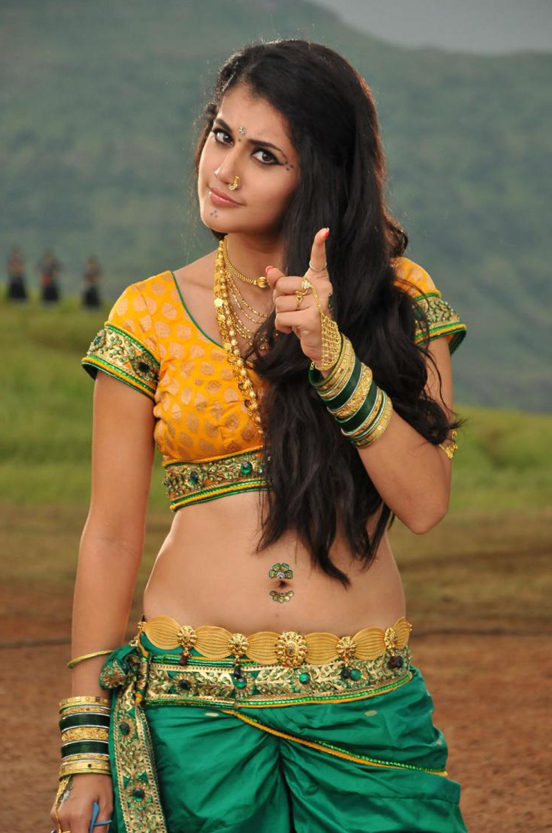 Slicypics Indian Actress Tamanna Bhatia Photos: Tapsee New Hot Photos Gallery, Actress Tapsee Latest