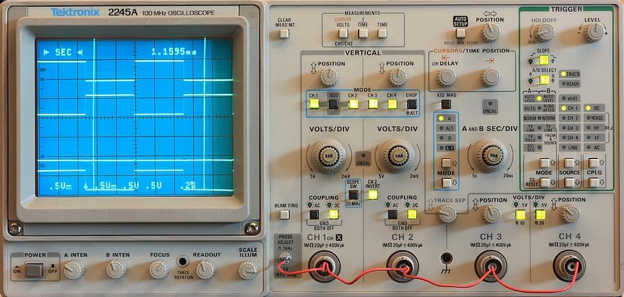 foto full osiloscope elektronik