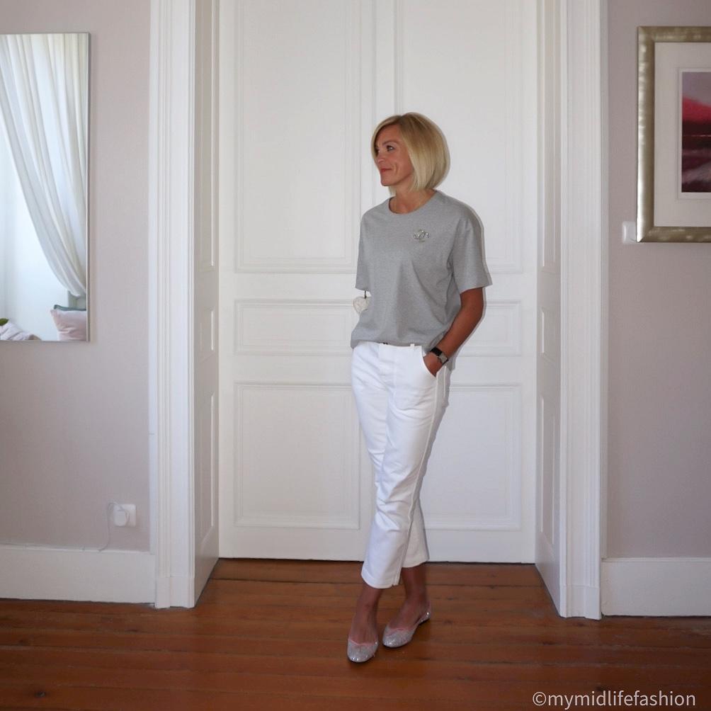 My midlife fashion, Chanel vintage brooch, Joseph crew neck t-shirt, j crew cropped jeans, french sole Henrietta glitter ballet pumps