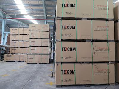 Ván cốp pha Tekcom còn nguyên đai nguyên kiện