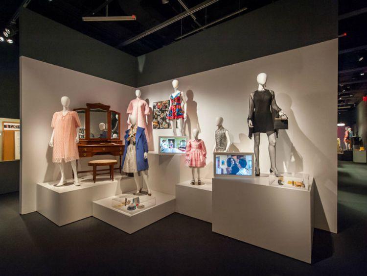 A Vintage Nerd, MOMI MadMen Exhibit, Vintage Blog, Vintage Exhibits, MadMen Fashions