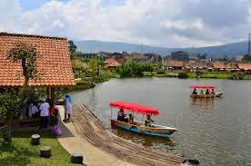 7 Tempat Wisata yang Terkenal di Bandung - Wisata Lembang Floating Market
