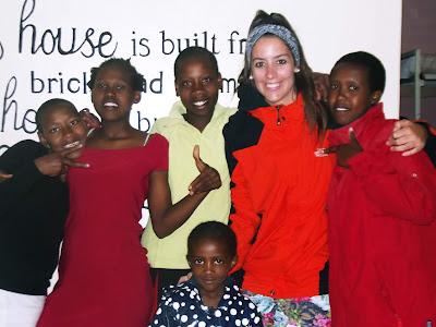 Nerea durante su voluntariado en Kenia.