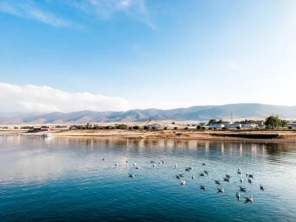 ทะเลสาบชิงไห่ (Qinghai Lake)