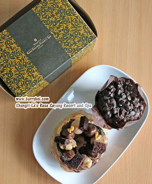 Shang Shack Drive-thru Pick Up by Shangri-La's Rasa Sayang Resort & Spa Penang Hotel Blogger Influencer Malaysia Makan Sedap Delicious Food paris Brest Muffin