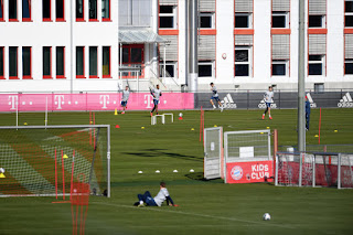 Bayern Munich resume training with safety precautions