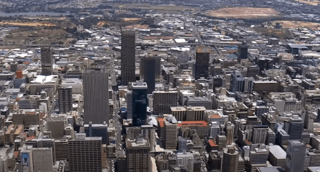 جوهانسبرغ هي أكبر مدن جنوب أفريقيا