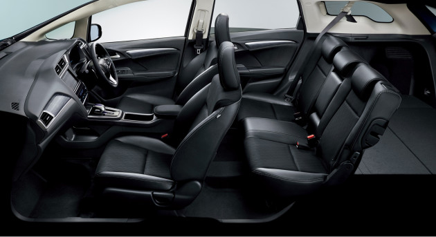 Honda Shuttle Hybrid Interior Full view