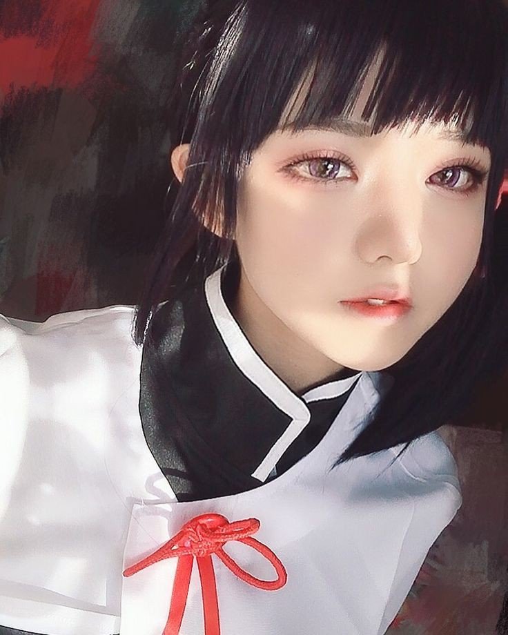 Beautiful Girls Look like Doll