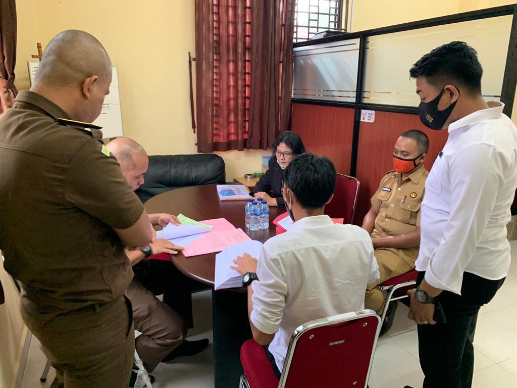 Sat.Reskrim Polres Lingga Serahkan Tersangka Lainnya Ke JPU Dalam Perkara Korupsi Pengelolaan Angaran BLUD RSUD Dabo
