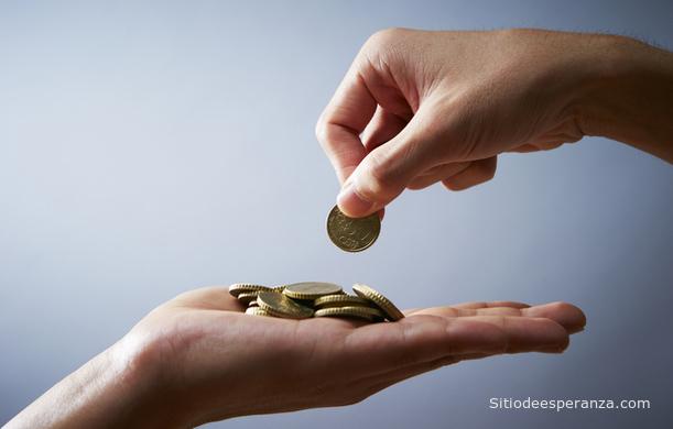 La honestidad: Devolviendo monedas que no le pertenece