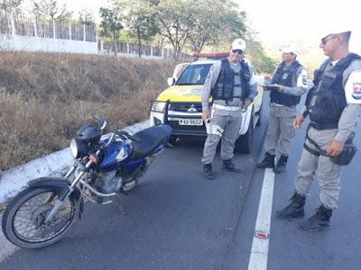 Em Santana do Ipanema, BPRv recupera veículo roubado durante patrulhamento pela AL-130