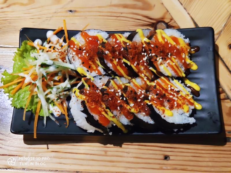 Click Rolls, Tempat Makan Sushi Paling Enak di Boyolali