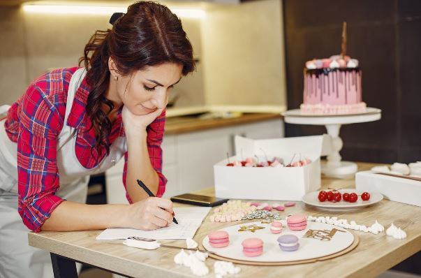 how to set up a cake business