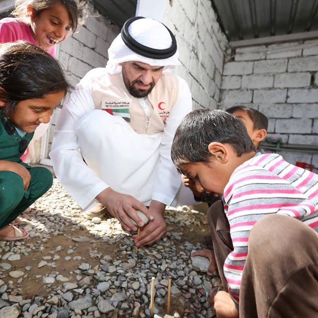 """بالصور.. حسين الجسمي """"زيارتي لكردستان من أجل النازحين"""""""