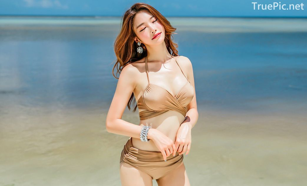 Park Jeong Yoon - Geullaemrouge Gold Bikini - Korean model and fashion - Picture 2