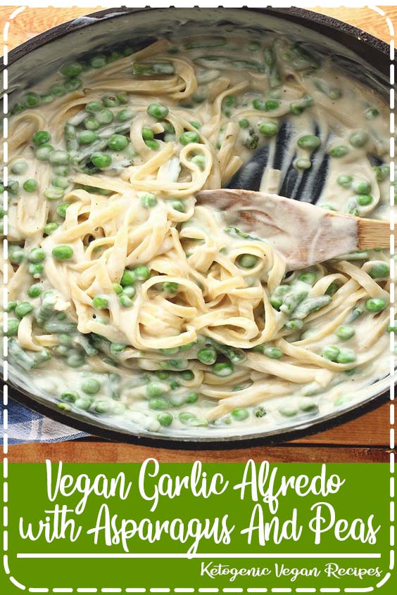 A creamy vegan garlicky fettuccine Alfredo complete with peas and asparagus Vegan Garlic Alfredo with Asparagus And Peas