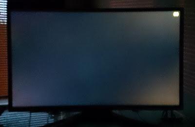 "Light bleed/glow on ""gaming"" monitor"